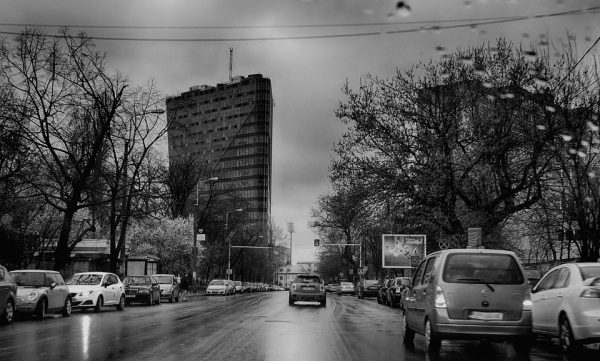 Goran Čolakhodžić: Măcar tangențial: România în vara anului 2011